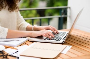 aitan Teil kirjutada kirjandeid