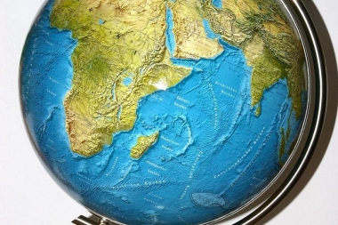 Ma Aitan õpilasi geograafia ülesannetega