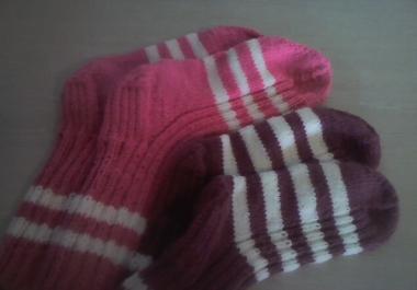 koon tellimuse peale käsitsi sokke